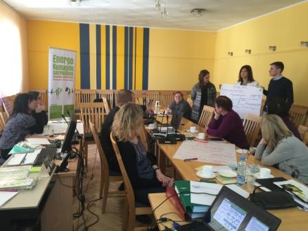 Nemzetközi kitekintés – Lettország: Mi az akadálya, hogy munkahelyén energiát takarítson meg?